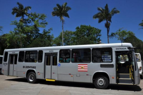 Após avaliação, transporte coletivo de Blumenau terá novas medidas para controle da capacidade